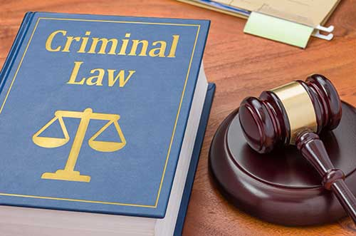 New Haven Criminal Lawyer for Theft and Fraud Offenses